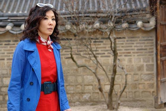 Cinderella's wicked, tacky stepmother Lee Mi-sook