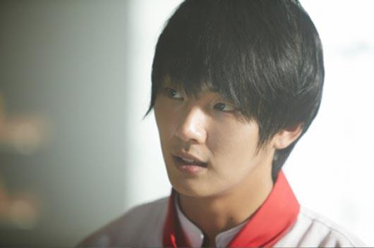 First stills from Baker King Kim Tak-gu