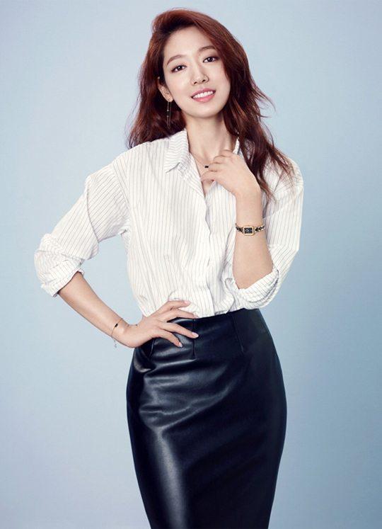 Park Shin-hye name-dropped for tvN drama Chicago Typewriter