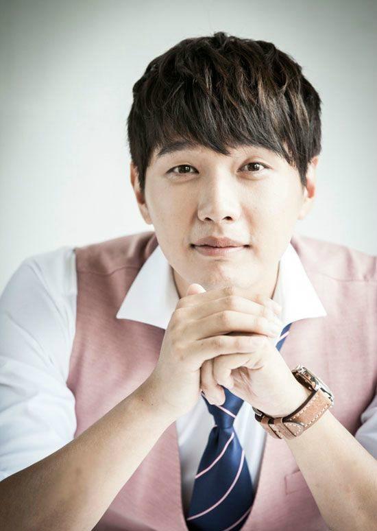 Ji Hyun-woo offered weekend drama Thief-nom, Thief-nim opposite Seohyun