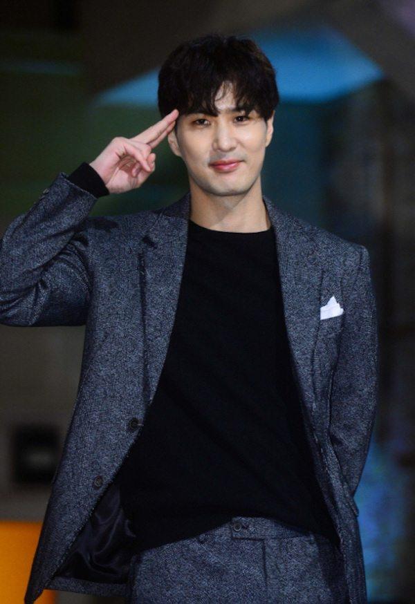 Kim Ji-suk, Han Ye-sul confirm lead roles in 20th Century ...