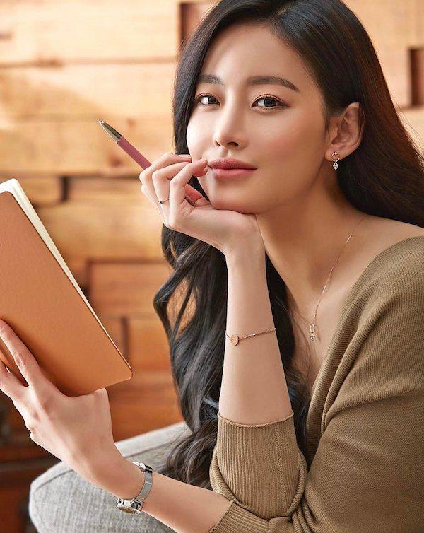 Oh Yeon-seo to headline fantasy romance drama Hwayugi