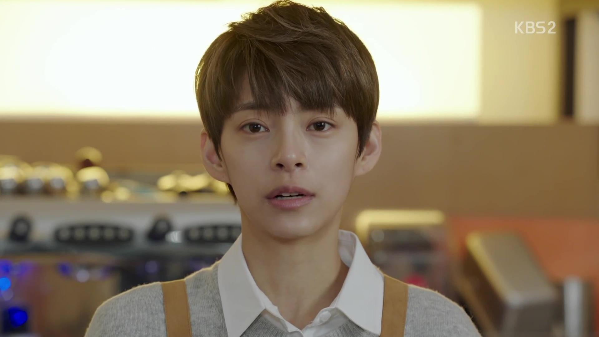 Jung Hye In rambut pendek