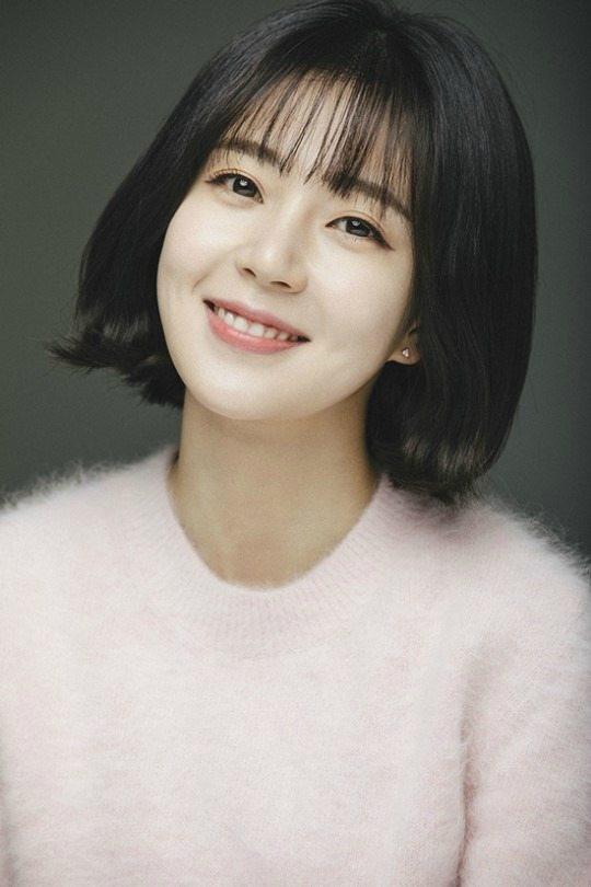 Let's Eat 3 offers lead role to Baek Jin-hee