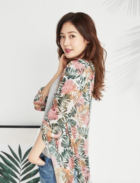 Sung Yuri considers drama comeback in SBS's An Empress's Dignity