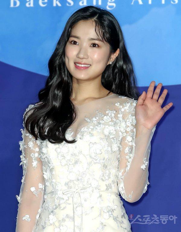 [Ask an Actor] SKY Castle's Kim Hye-yoon