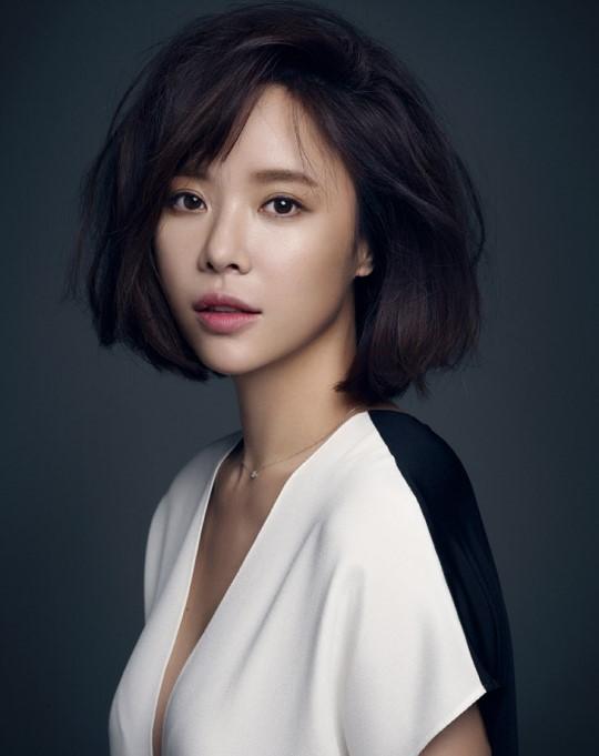 Hwang Jung-eum, Yook Sung-jae consider new JTBC fantasy drama