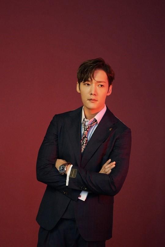 Choi Jin-hyuk becomes superhero for OCN Rugal