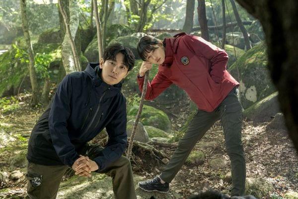 Jeon Ji-hyun, Joo Ji-hoon save lives in tvN drama Jirisan