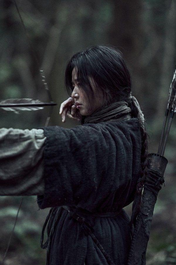 Jeon Ji-hyun holds the key to resurrection in Kingdom: Ashin of the North